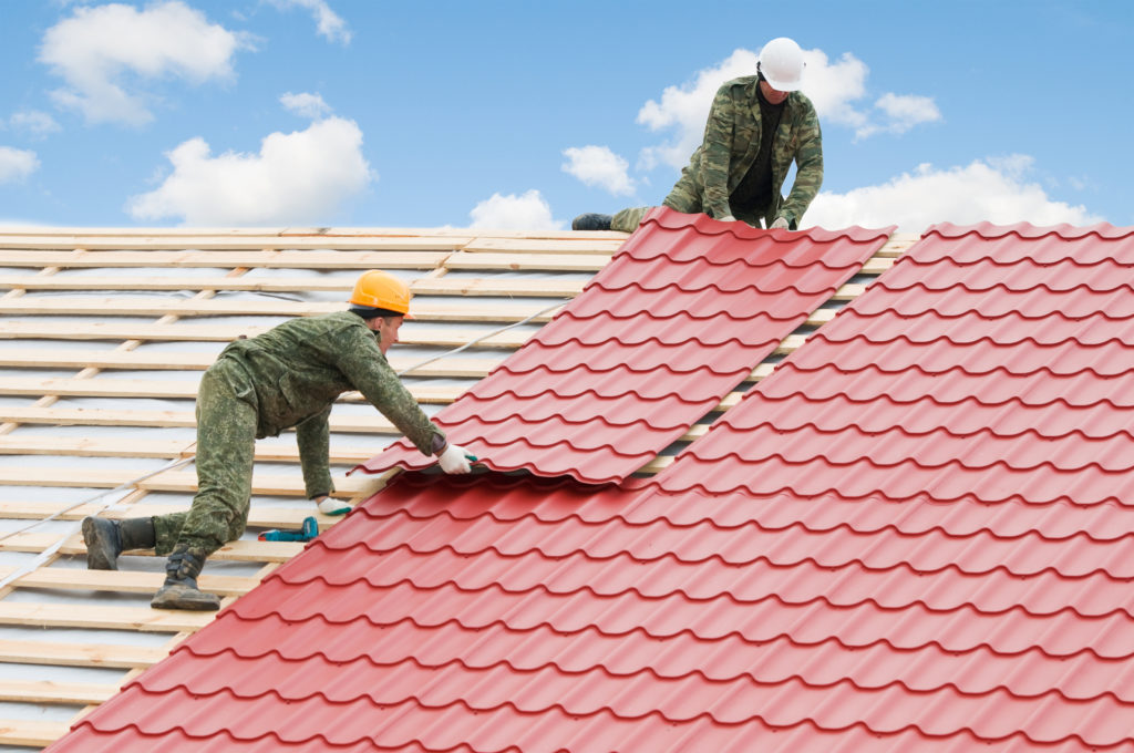 Finding The Right Roofing Contractors